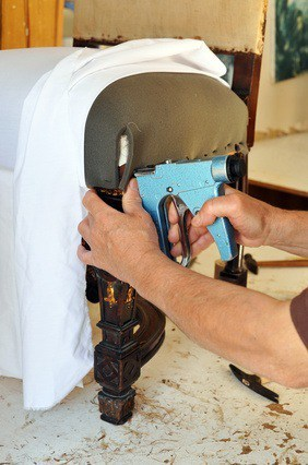 Best Staple Gun For Upholstery Staple Slinger